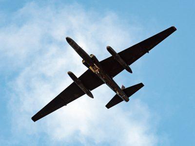 کنترل هواپیمای نظامی با هوش مصنوعی