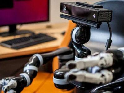 حل مسئله و همدلی در ربات ها